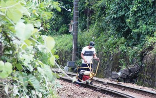 Railroad patrolling at Hai Van Gate