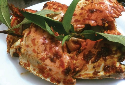 Spicy roasted Calappa crab claws with salt and chili