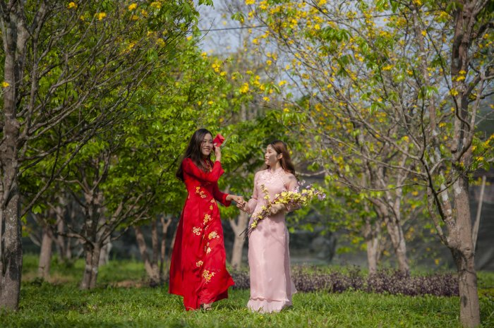 Ao dai: Wearing is preserving