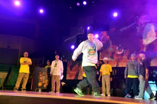 "Hue Hip-hop Festival 2020 ""warms up"" the Ancient Capital"