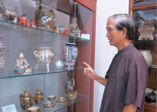Collectors are interested but worried that the museums would be difficult to maintain