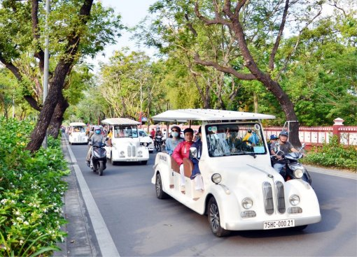Developing green tourism in Hue
