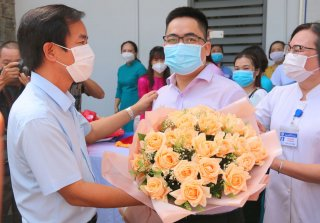 Over 90 medical staff of Hue Central Hospital to come to Ho Chi Minh city for pandemic control