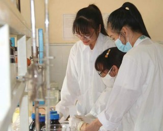 Hue University to achieve the goal of ranking in top 300 universities in Asia